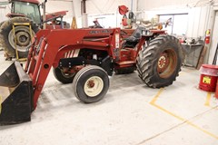Tractor For Sale 1973 International 574 , 67 HP