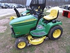 Lawn Mower For Sale 2001 John Deere GT235 , 18 HP