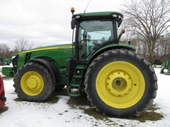 Tractor - Row Crop For Sale 2015 John Deere 8245R , 245 HP