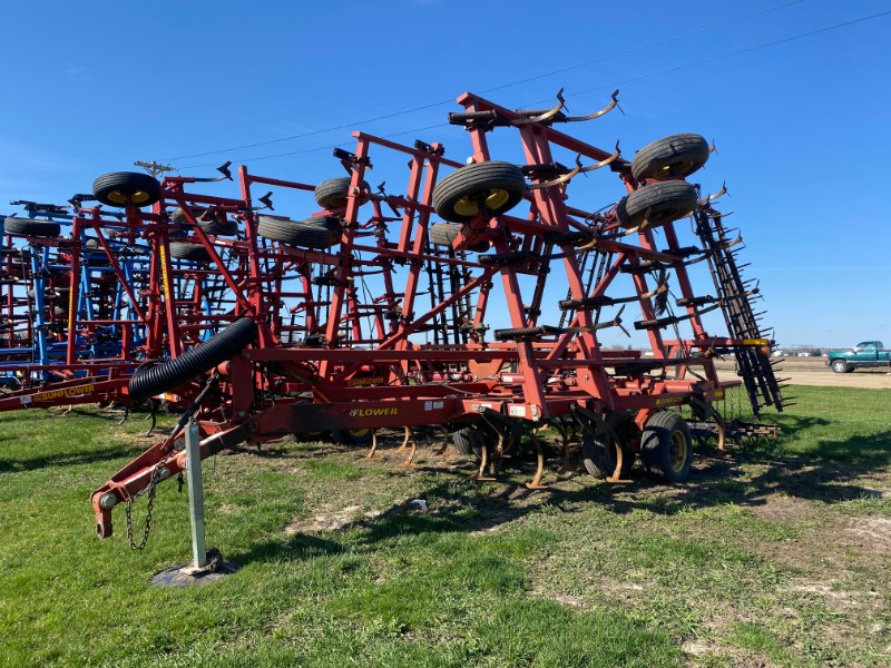 2004 Sunflower 5035-28 Field Cultivator For Sale