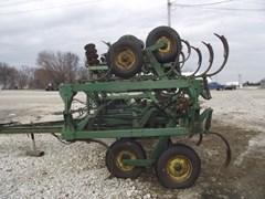 Plow-Chisel For Sale 1985 John Deere 1610