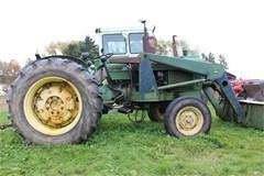Tractor For Sale John Deere 1020 , 43 HP