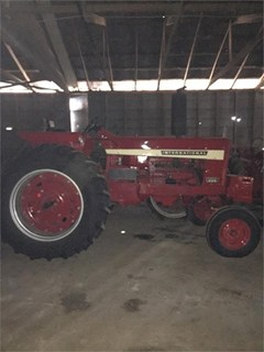 Tractor For Sale 1970 International 826 , 102 HP