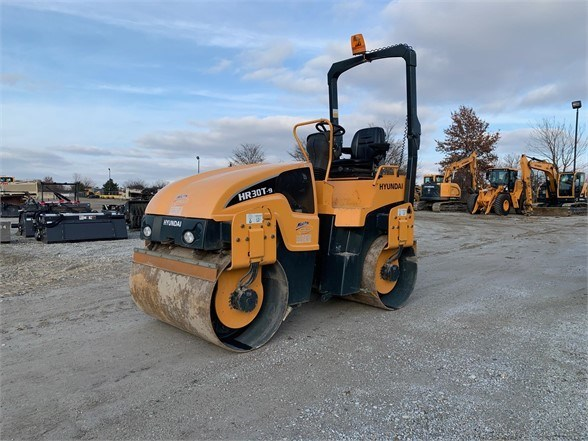 2016 Hyundai HR30T-9 Compactor-Asphalt For Sale