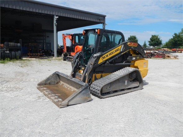 2015 New Holland C238 Skid Steer-Track For Sale