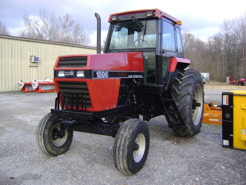 1988 Case IH 1896 Tractor For Sale
