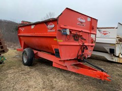 Feeder Wagon-Power For Sale Kuhn Knight 3142