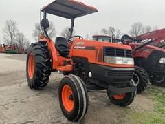 Tractor For Sale 2007 Kubota MX5000 , 52 HP