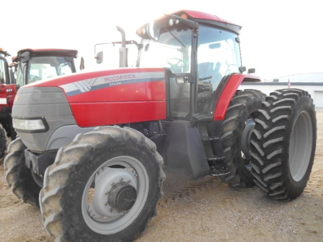 2007 McCormick XTX200 MFD Tractor For Sale