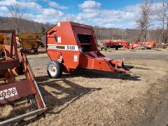 Baler-Round For Sale Hesston 540