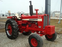 Tractor For Sale 1970 IH 1456 , 130 HP