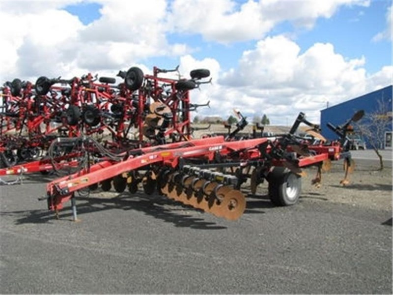2010 Case IH 730C Disk Ripper For Sale