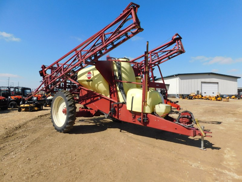 Hardi Navigator 1100 Sprayer-Pull Type For Sale
