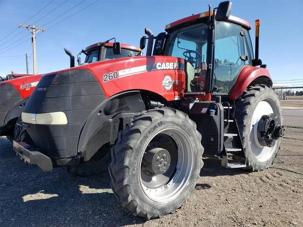 2013 Case IH MAGNUM 260 Tractor For Sale