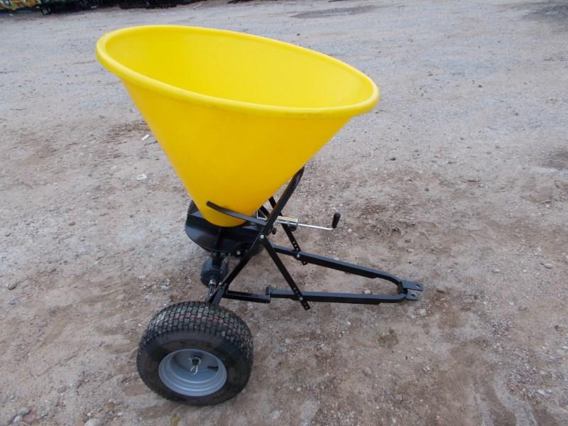 Tar River New Large Pull Type Poly Fertilizer / Seed Spreade Fertilizer Spreader For Sale