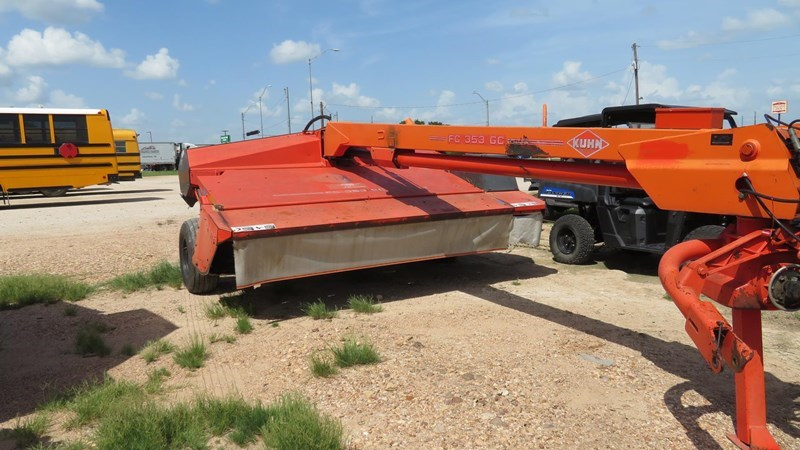2005 Kuhn FC353GC Mower Conditioner For Sale