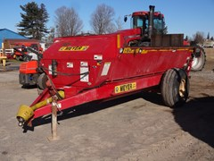 Manure Spreader-Dry/Pull Type For Sale Meyer SV2636