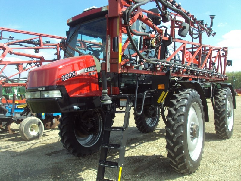 2014 Case IH 3230 Sprayer-Self Propelled For Sale
