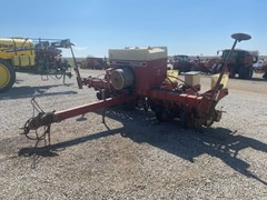 Planter For Sale International 800 6RN