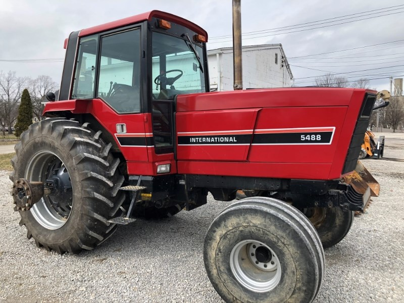 1984 Case IH 5488 Tractor For Sale