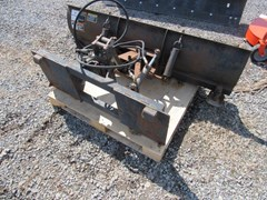 Snow Blade For Sale:   John Deere 72