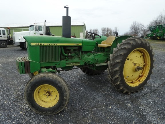 1969 John Deere 1020 Tractor - Utility For Sale