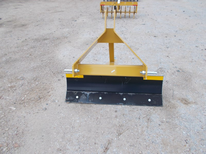 Dirt Dog New 3pt 4' foot angle grader blade 3504 Blade Rear-3 Point Hitch For Sale