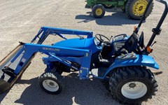Tractor For Sale 2004 New Holland TC33DA
