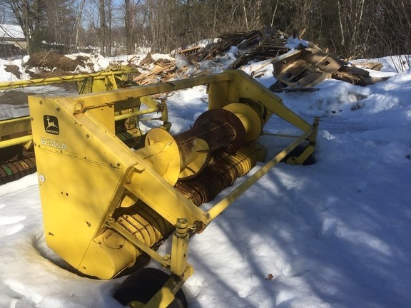 2002 John Deere 630A Forage Head-Windrow Pickup For Sale