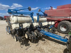 Planter For Sale 2011 Kinze 3200 12RN