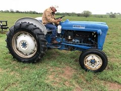 Tractor - Utility For Sale Ford 2000 , 36 HP