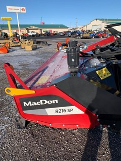 Windrower-Self Propelled For Sale 2020 MacDon R216