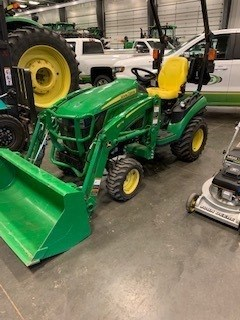 Tractor - Compact Utility For Sale 2017 John Deere 1025R