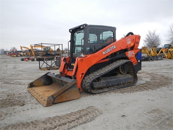 2017 Kubota SVL95-2S Skid Steer-Track For Sale