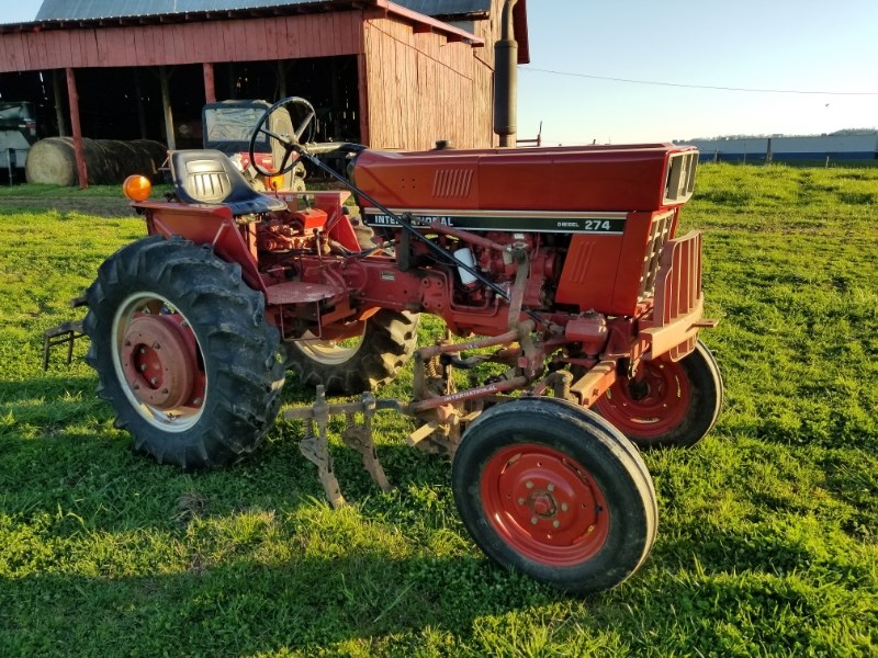 1982 International 274 Tractor For Sale