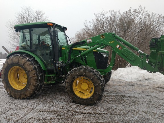 2013 John Deere 5115M Tractor - Utility For Sale