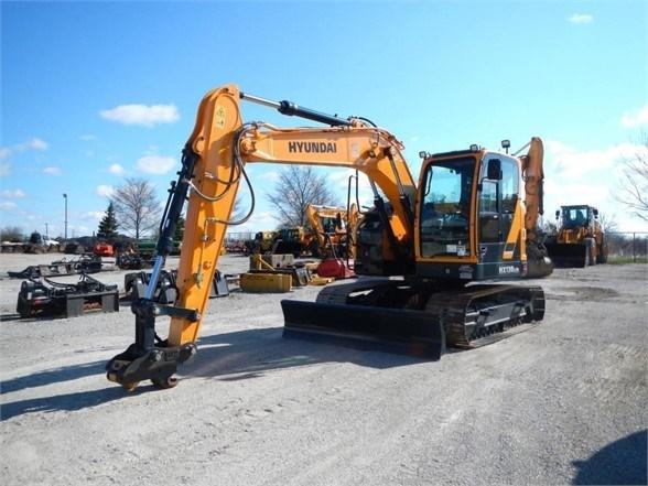 2017 Hyundai HX130 LCR Excavator-Track For Sale