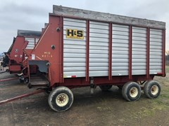 Forage Boxes and Blowers For Sale H & S HD 4 + 7