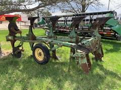 Plow-Moldboard For Sale John Deere 4600