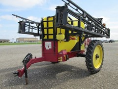 Sprayer-Pull Type For Sale 2013 Demco 1250