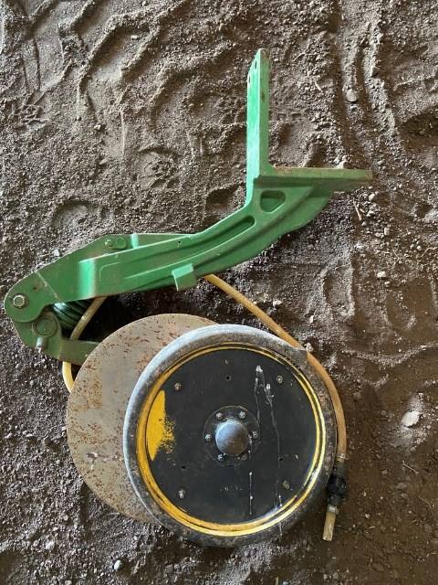 2010 John Deere 1770 Single Disk Openers Attachments For Sale