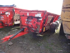 Manure Spreader-Dry/Pull Type For Sale 2012 Kuhn Knight 8118T