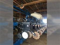Planter For Sale 2012 Kinze 3600