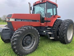 Tractor For Sale 1990 Case IH 7140