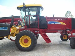 Windrower-Self Propelled For Sale 2012 New Holland H8040