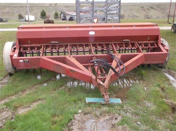 International 5100 Grain Drill For Sale