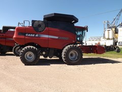 Combine For Sale 2005 Case IH 8010