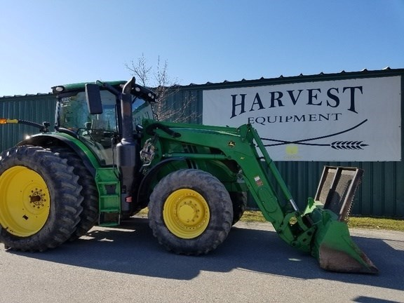 2015 John Deere 6215R Tractor - Row Crop For Sale