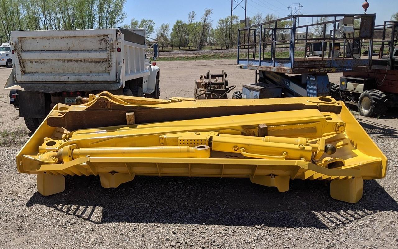 Komatsu D155-BLADE Crawler Tractor Attachment For Sale