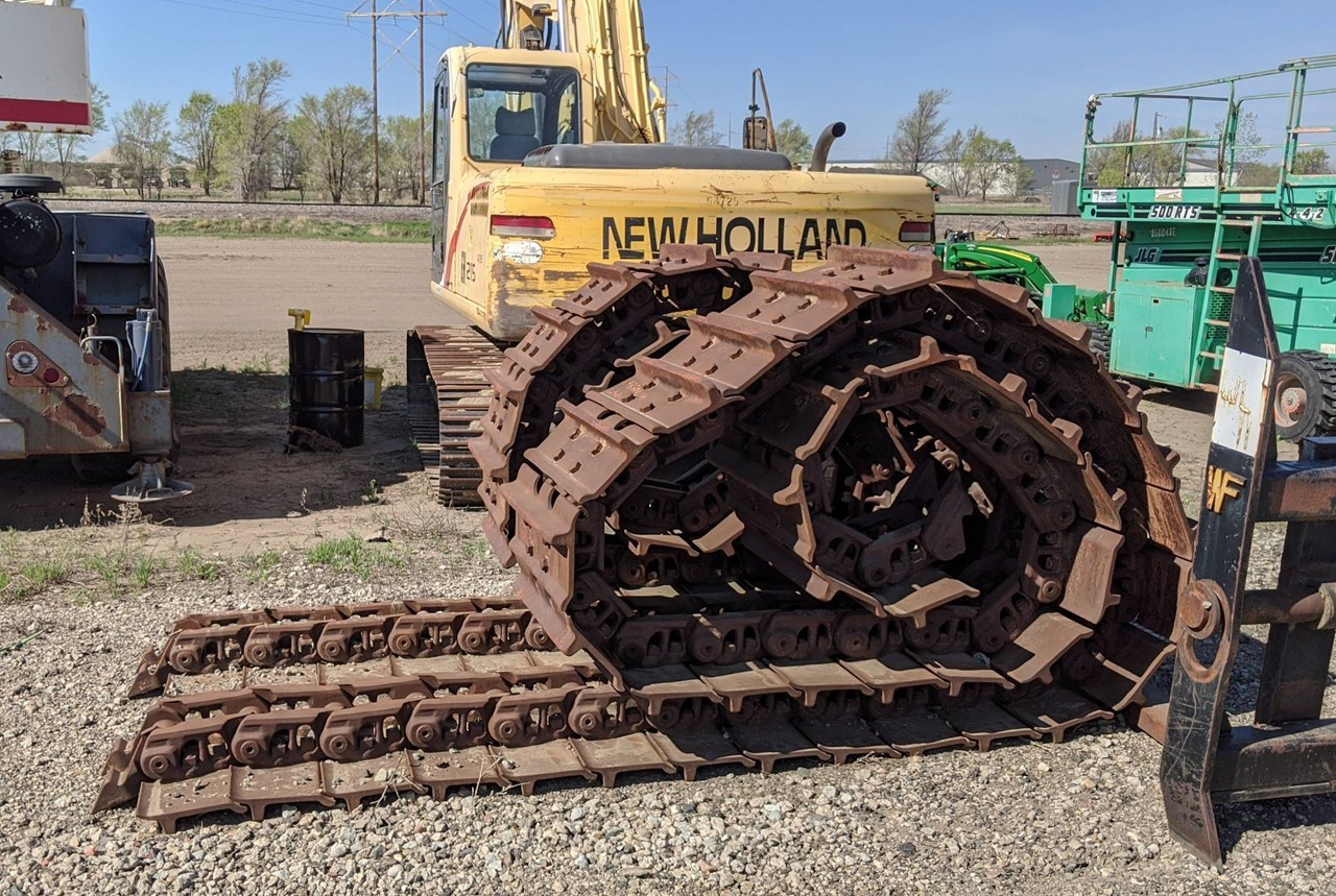 Komatsu D155-SHOES Crawler Tractor Attachment For Sale